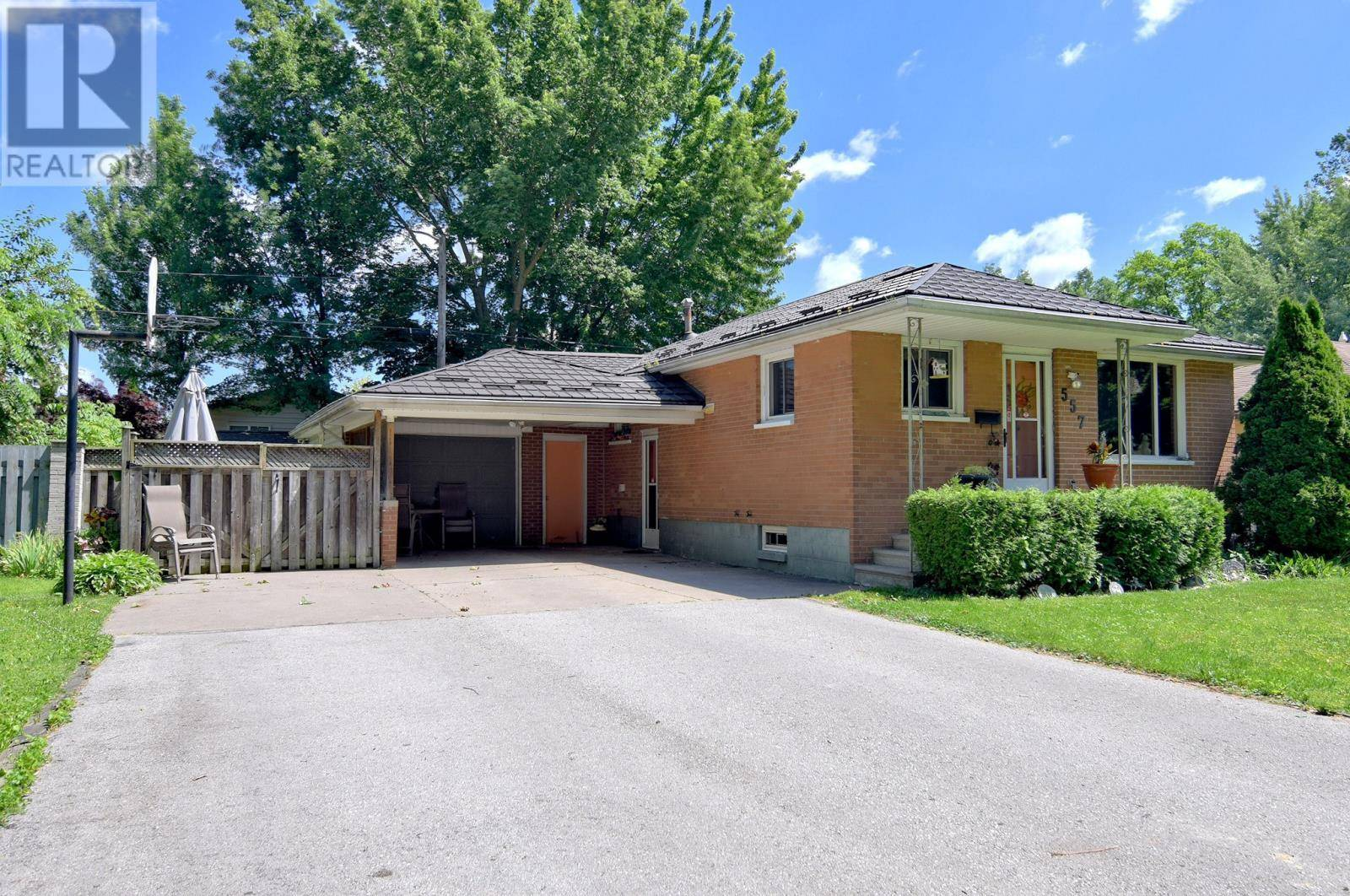 House for sale at 557 Laurier Dr Lasalle Ontario - MLS: 19023328