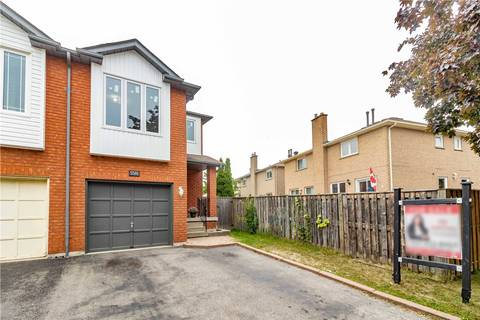 Townhouse for sale at 5581 Cosmic Cres Mississauga Ontario - MLS: W4577160
