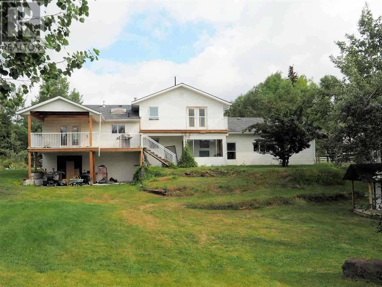 House for sale at 5582 Lakeside Ct 103 Mile House British Columbia - MLS: R2424437