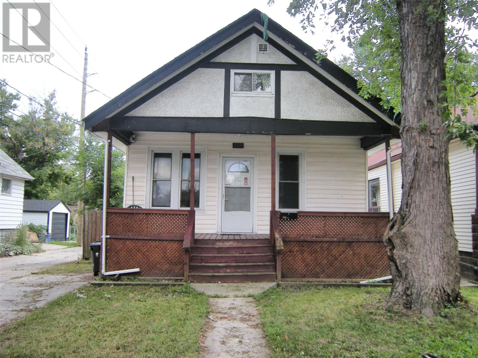Removed: 559 Grove Avenue, Windsor, ON - Removed on 2019-09-10 05:51:12