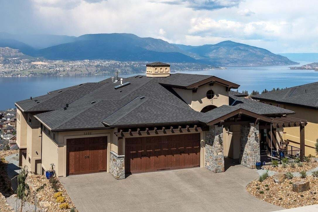House for sale at 5592 Upper Mission Dr Kelowna British Columbia - MLS: 10214272
