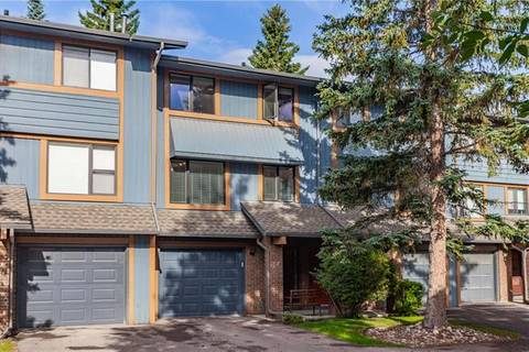 Townhouse for sale at 10030 Oakmoor Wy Southwest Unit 56 Calgary Alberta - MLS: C4264792