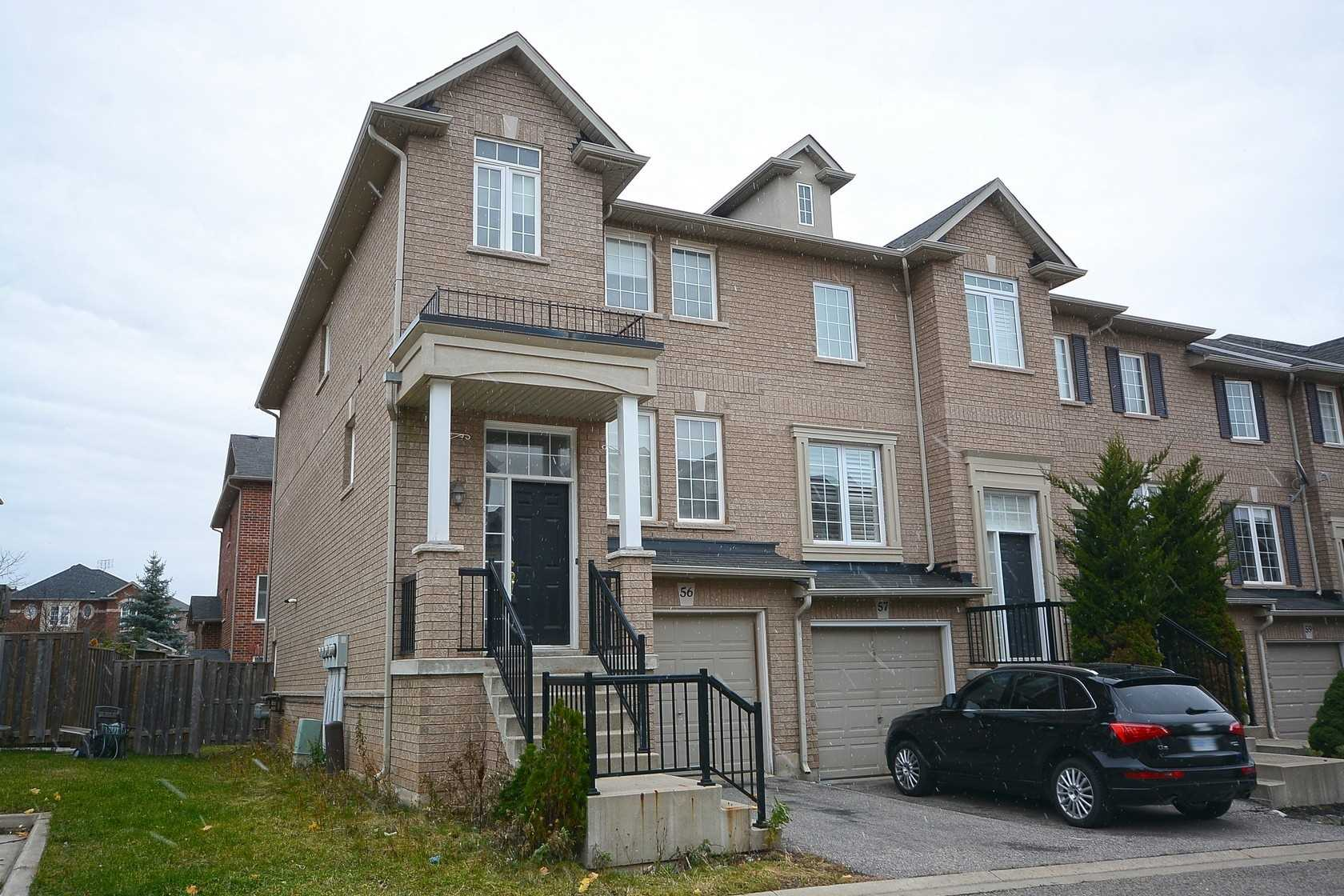 Buliding: 2280 Baronwood Drive, Oakville, ON