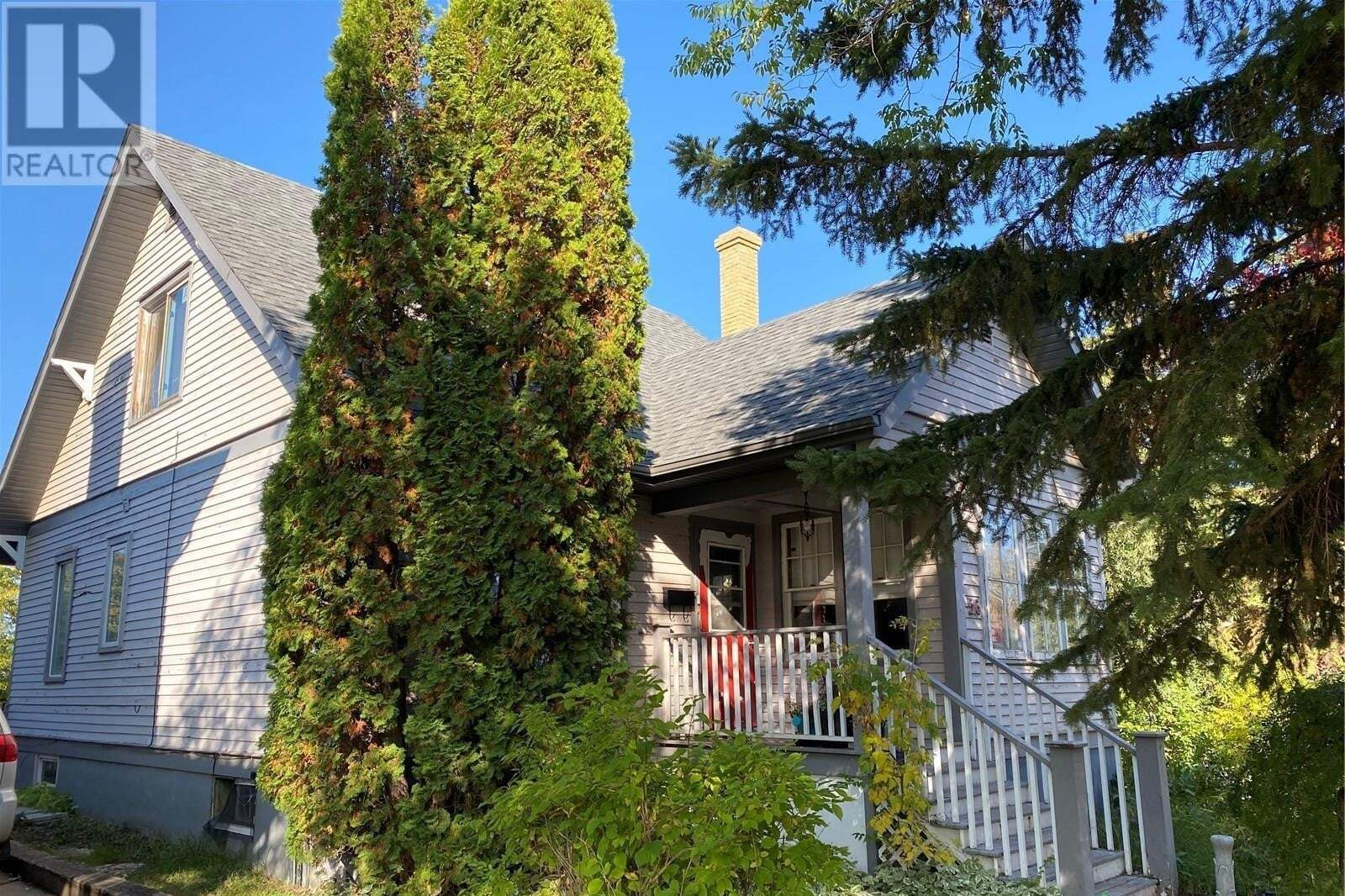 House for sale at 56 22nd St E Prince Albert Saskatchewan - MLS: SK827800