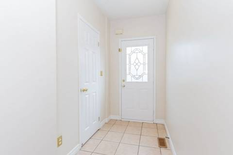 Apartment for rent at 5260 Mcfarren Blvd Unit 56 Mississauga Ontario - MLS: W4514574