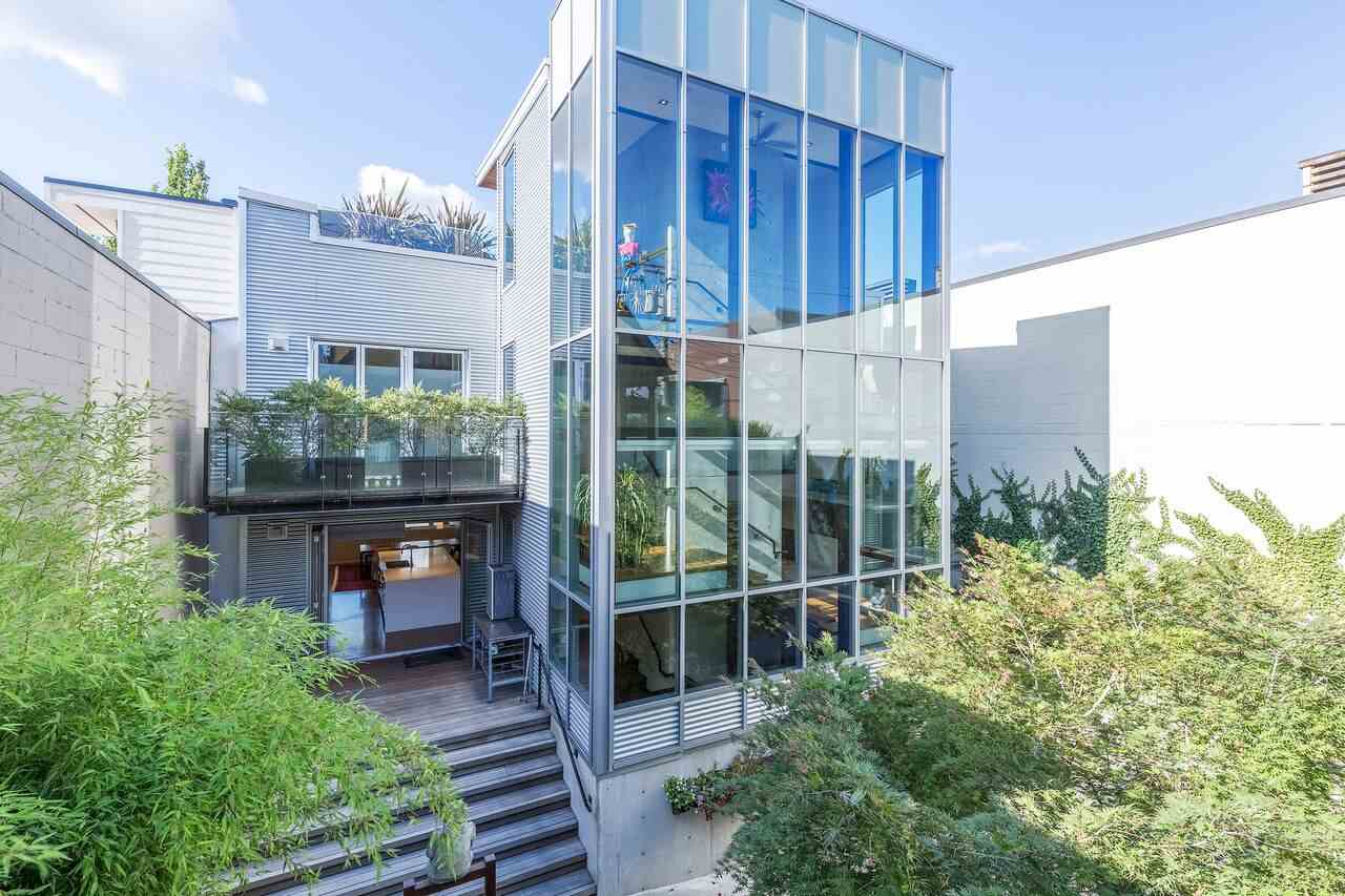 56 5th avenue vancouver for sale 7 700 000 for Bathrooms r us vancouver