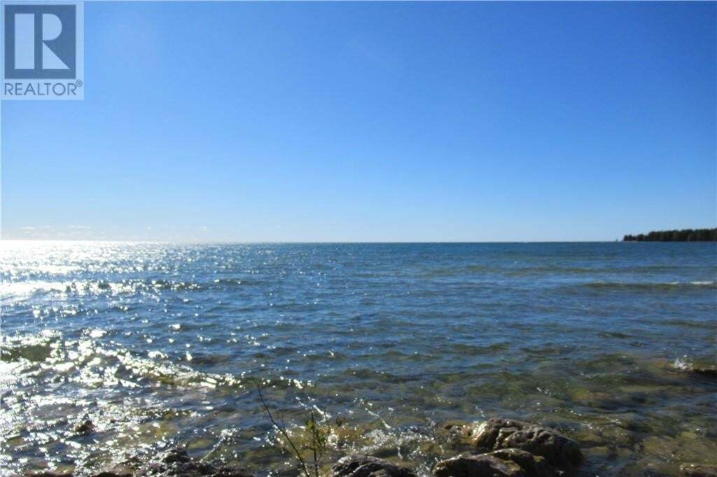 Home for sale at 56 Greenough Point Rd Northern Bruce Peninsula Ontario - MLS: 40032874