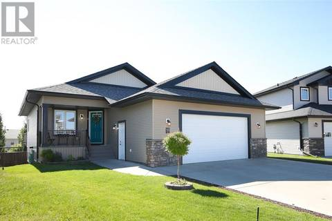 House for sale at 56 Heartland Cres Penhold Alberta - MLS: ca0171851