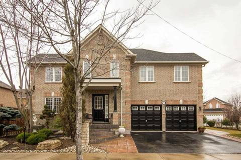 House for sale at 56 Meadow Oak Pl Toronto Ontario - MLS: W4414633