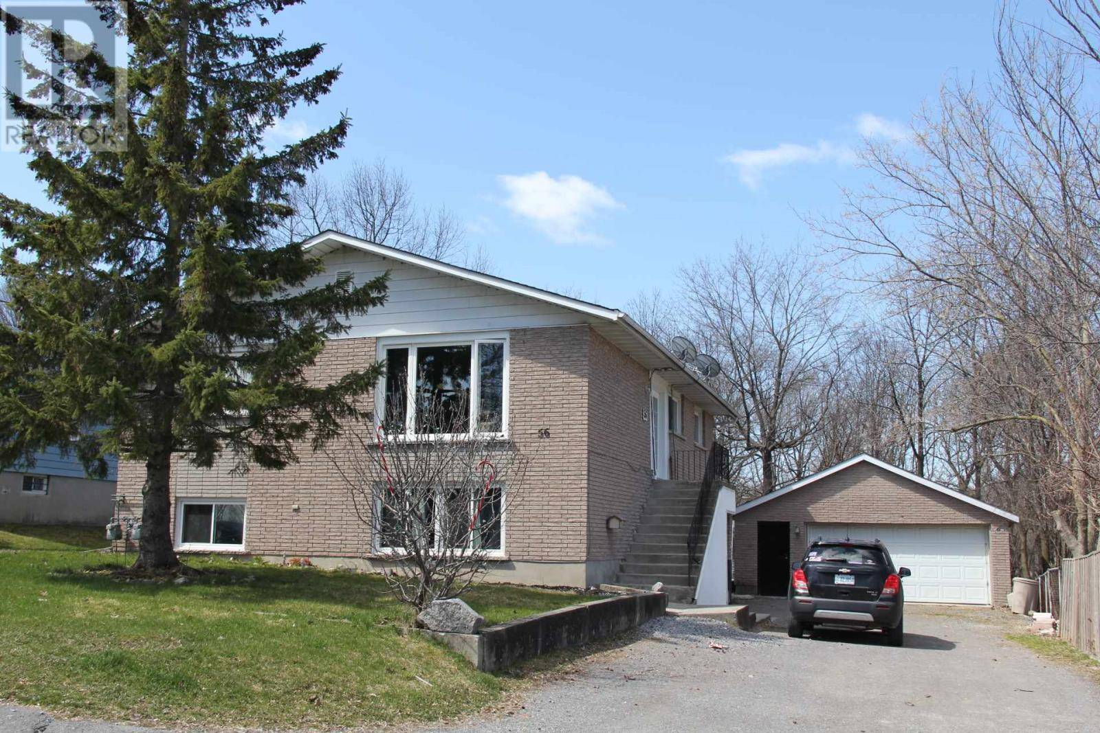 House for sale at 56 Shaw St Kingston Ontario - MLS: K20001601