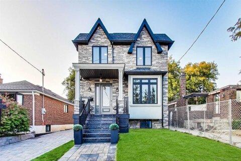 House for sale at 56 Tiago Ave Toronto Ontario - MLS: E4934947