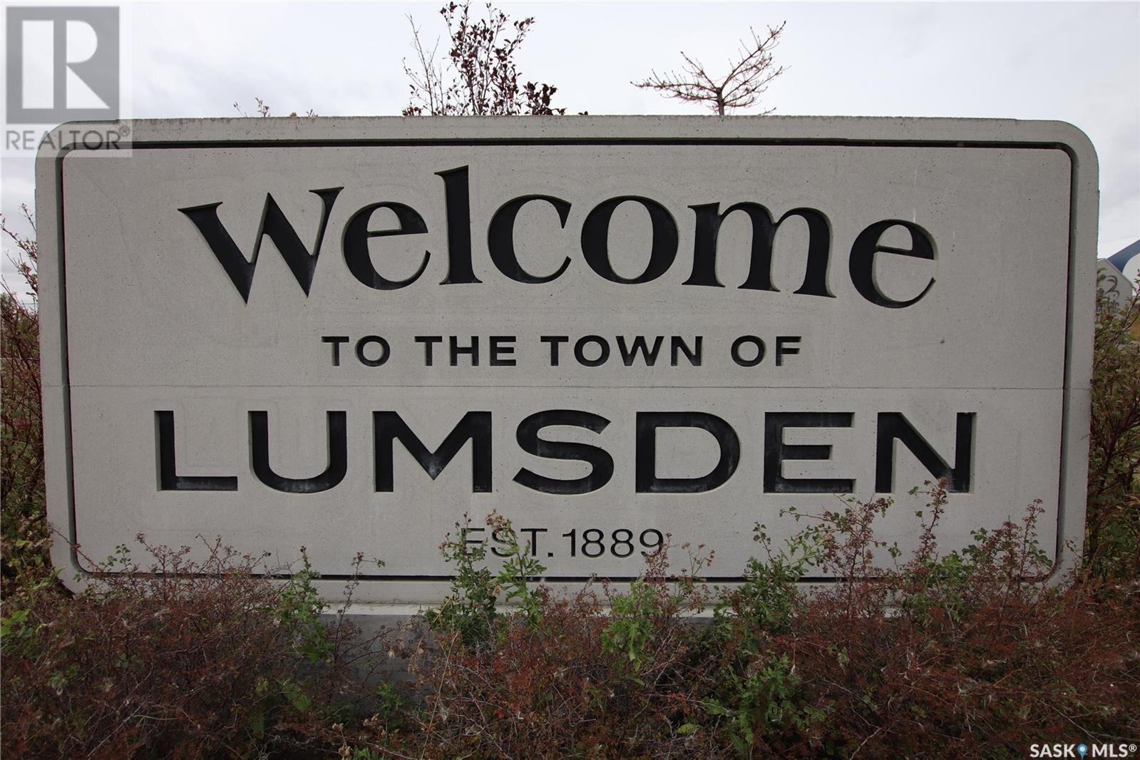 Home for sale at 560 James St S Lumsden Saskatchewan - MLS: SK827003