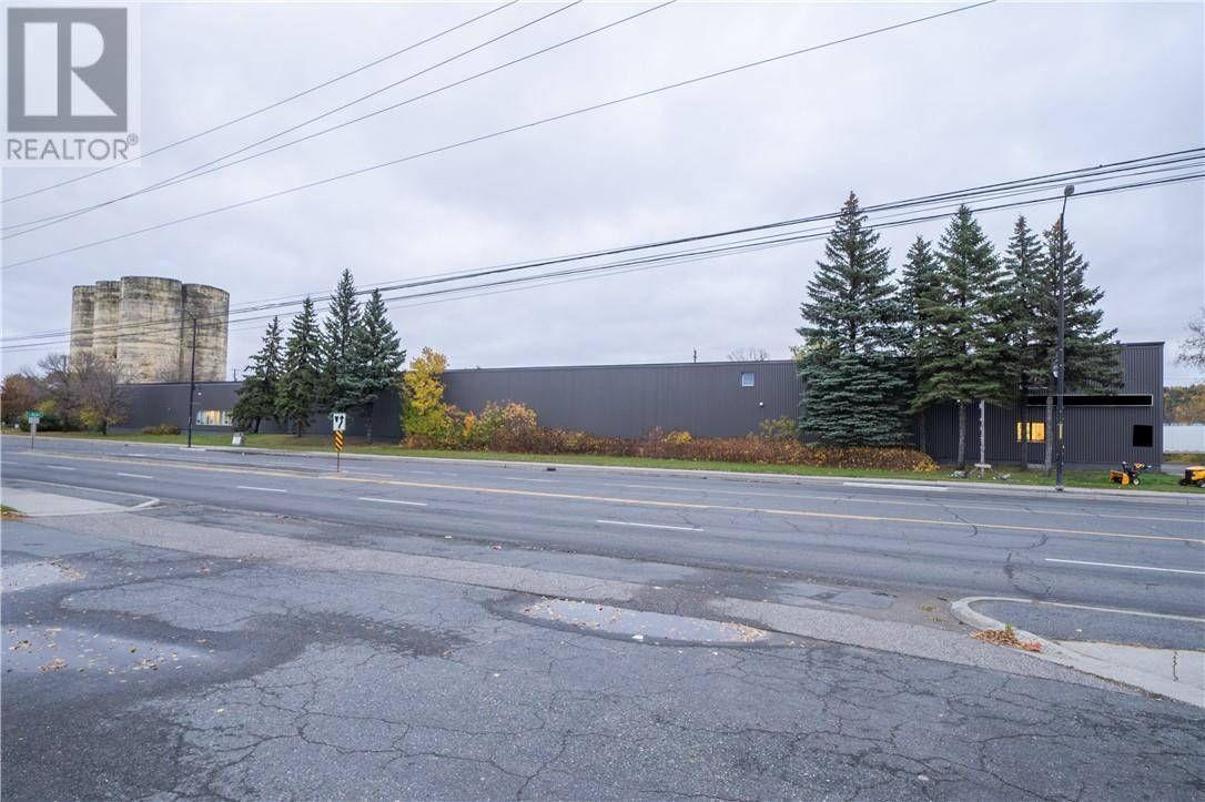 Commercial property for sale at 560 Notre Dame Ave Sudbury Ontario - MLS: 2084967
