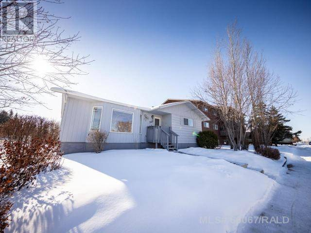 House for sale at 5601 43rd St Lloydminster West Alberta - MLS: 66067