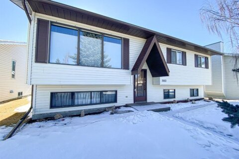 5603 43  Street Close, Olds | Image 1