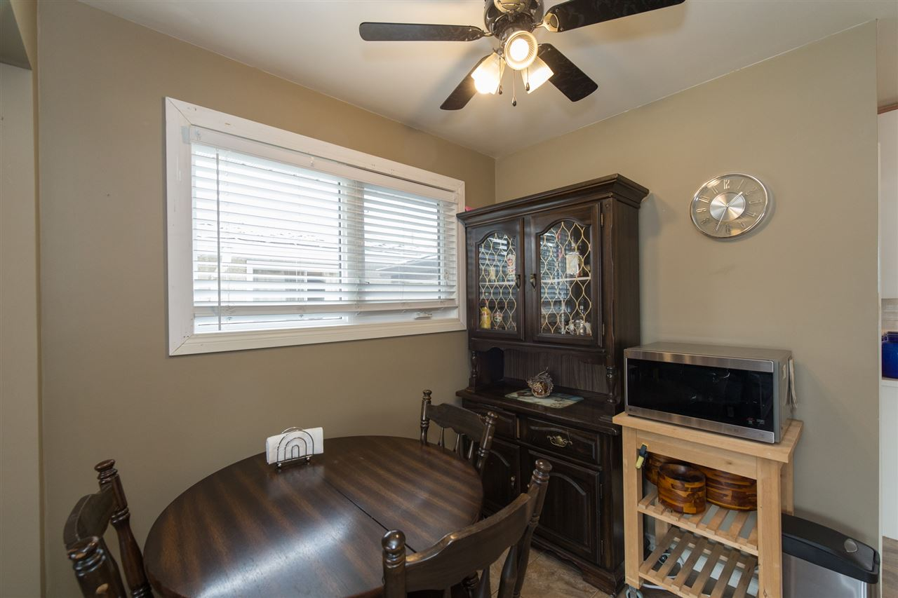 For Rent: 5604 90 Avenue, Edmonton, AB | 4 Bed, 2 Bath House for $375,000. See 30 photos!