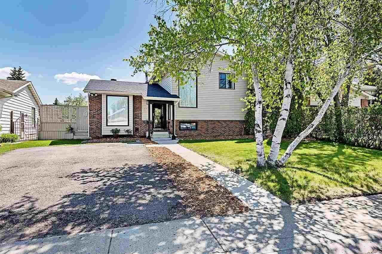 House for sale at 5605 38b Av NW Edmonton Alberta - MLS: E4199559