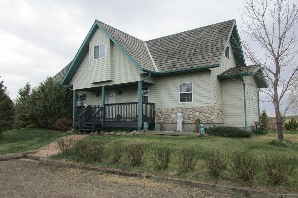 House for sale at 5608 57 St Stettler Alberta - MLS: CA0180329