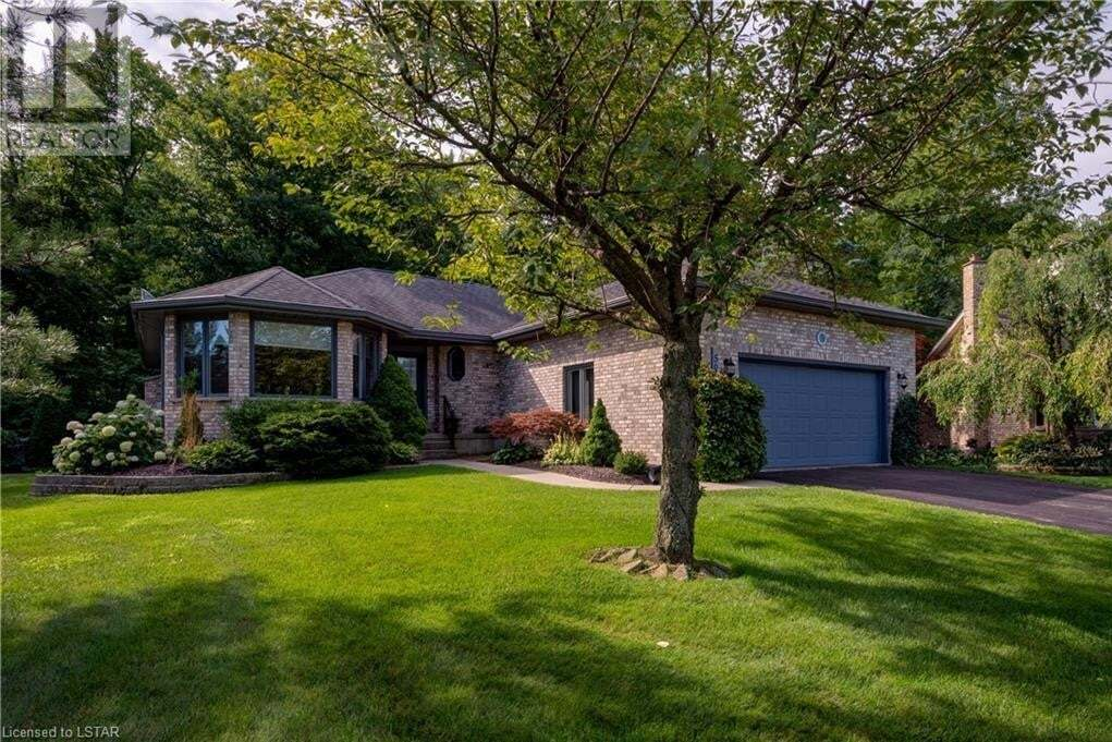 House for sale at 561 Leith Ct Mount Brydges Ontario - MLS: 277698