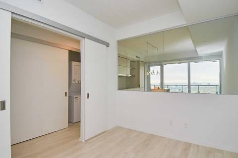 Apartment for rent at 197 Yonge St Unit 5611 Toronto Ontario - MLS: C4653487