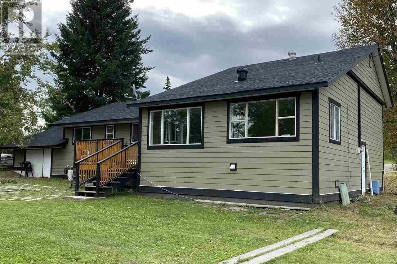 House for sale at 5611 Canim-hendrix Lake Rd Forest Grove British Columbia - MLS: R2495135