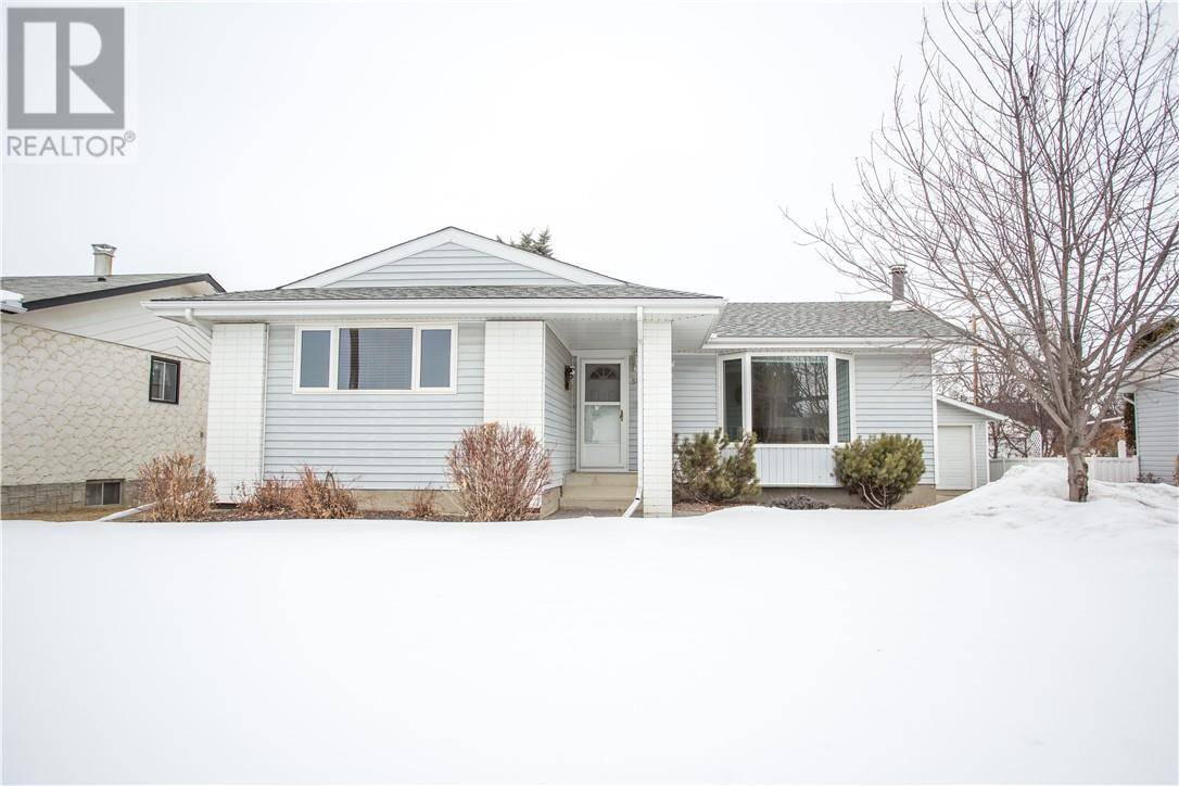 House for sale at 5612 48 Ave Lacombe Alberta - MLS: ca0190380