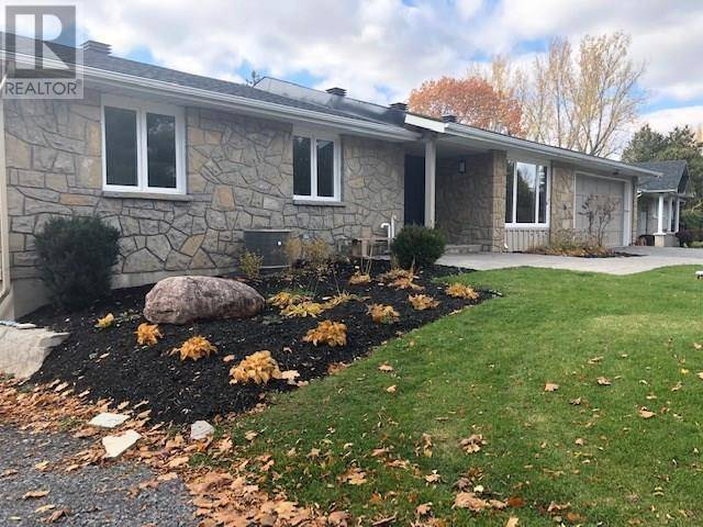 5614 River Drive South, Manotick | Image 1