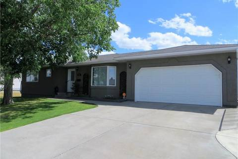 House for sale at 562 27 St Fort Macleod Alberta - MLS: LD0157387
