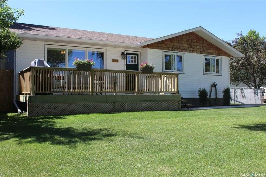 House for sale at 562 Poplar Cres Shaunavon Saskatchewan - MLS: SK814437
