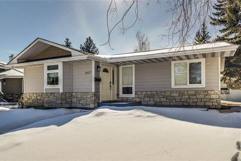 House for sale at 5627 Ladbrooke Pl Southwest Calgary Alberta - MLS: C4233368
