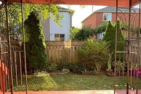Townhouse for sale at 5635 Whistler Cres Mississauga Ontario - MLS: W4921217