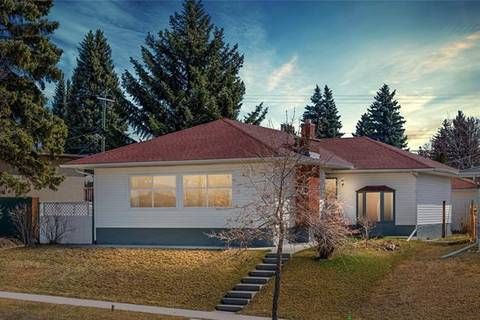 House for sale at 5636 37 St Southwest Calgary Alberta - MLS: C4294343