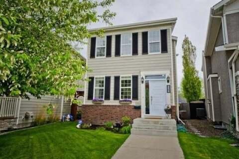 House for sale at 5636 Henwood St Southwest Calgary Alberta - MLS: C4299350