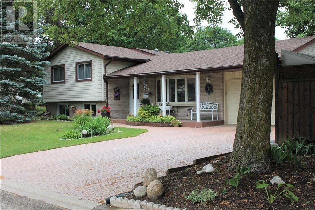 House for sale at 564 Elm Ridge Pl Waterloo Ontario - MLS: 30757215