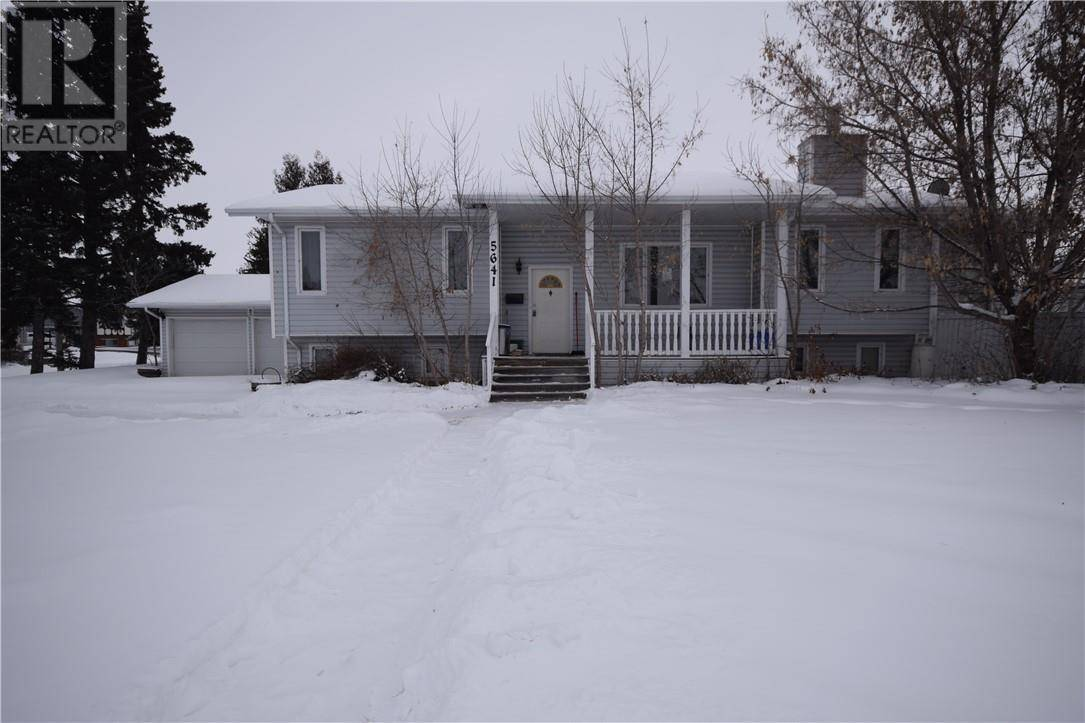 House for sale at 5641 53 Ave Lacombe Alberta - MLS: ca0186321