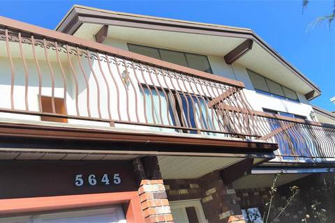 Townhouse for sale at 5645 Neville St Burnaby British Columbia - MLS: R2354895