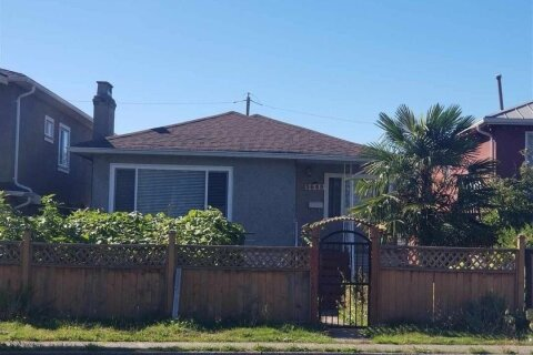 House for sale at 5649 Rupert St Vancouver British Columbia - MLS: R2502462