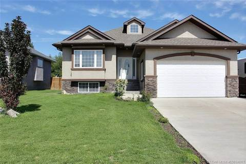 House for sale at 565 8a Ave W Cardston Alberta - MLS: LD0146977