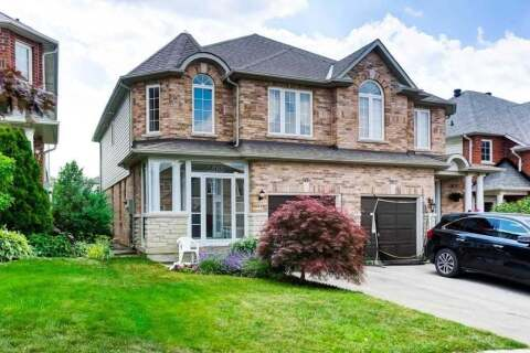 Townhouse for sale at 565 Heddle Cres Newmarket Ontario - MLS: N4824145