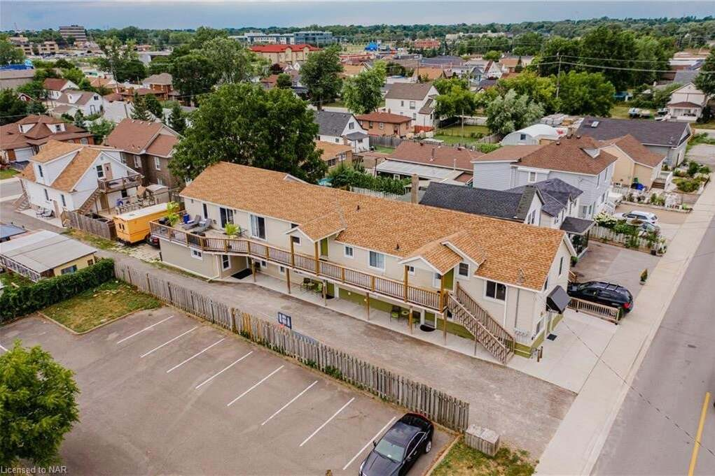 Townhouse for sale at 5659 Slater Ave Niagara Falls Ontario - MLS: 30827542