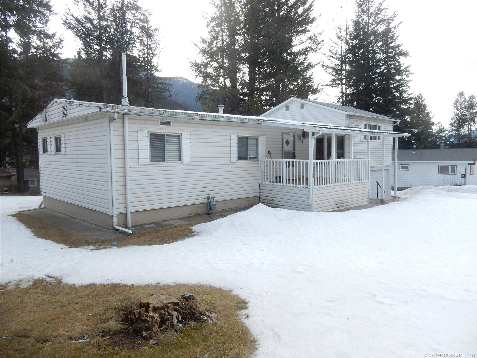 House for sale at 5665 Tuktakamin Rd Falkland British Columbia - MLS: 10201153