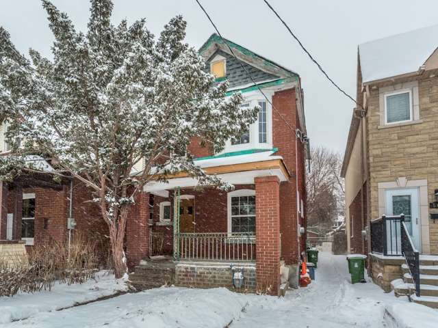 For Sale: 567 Delaware Avenue, Toronto, ON | 3 Bed, 3 Bath House for $859,000. See 17 photos!