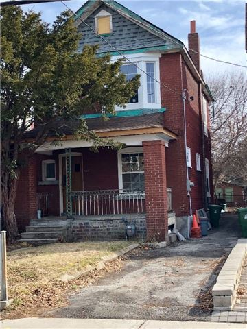 For Sale: 567 Delaware Avenue, Toronto, ON | 3 Bed, 3 Bath House for $1,199,000. See 2 photos!