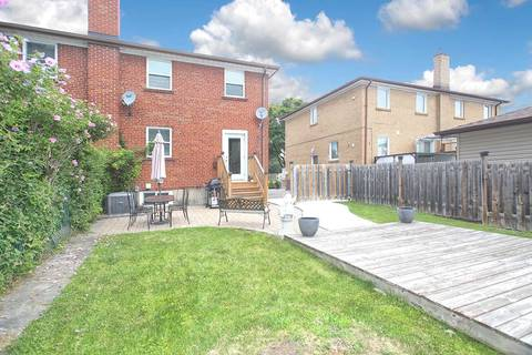 Townhouse for sale at 567 Olive Ave Oshawa Ontario - MLS: E4552860