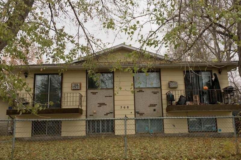 Townhouse for sale at 568 6th St E Prince Albert Saskatchewan - MLS: SK809805