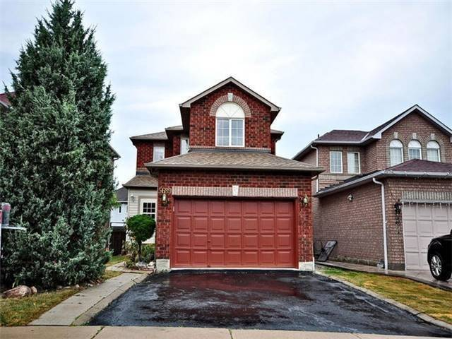 For Rent: 5689 Sidmouth Upper Street, Mississauga, ON | 4 Bed, 3 Bath House for $2,400. See 15 photos!