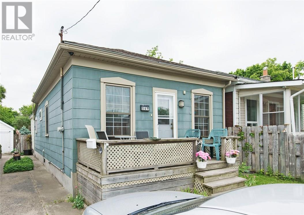 For Sale: 569 Hill Street, London, ON | 2 Bed, 1 Bath House for $199,900. See 29 photos!