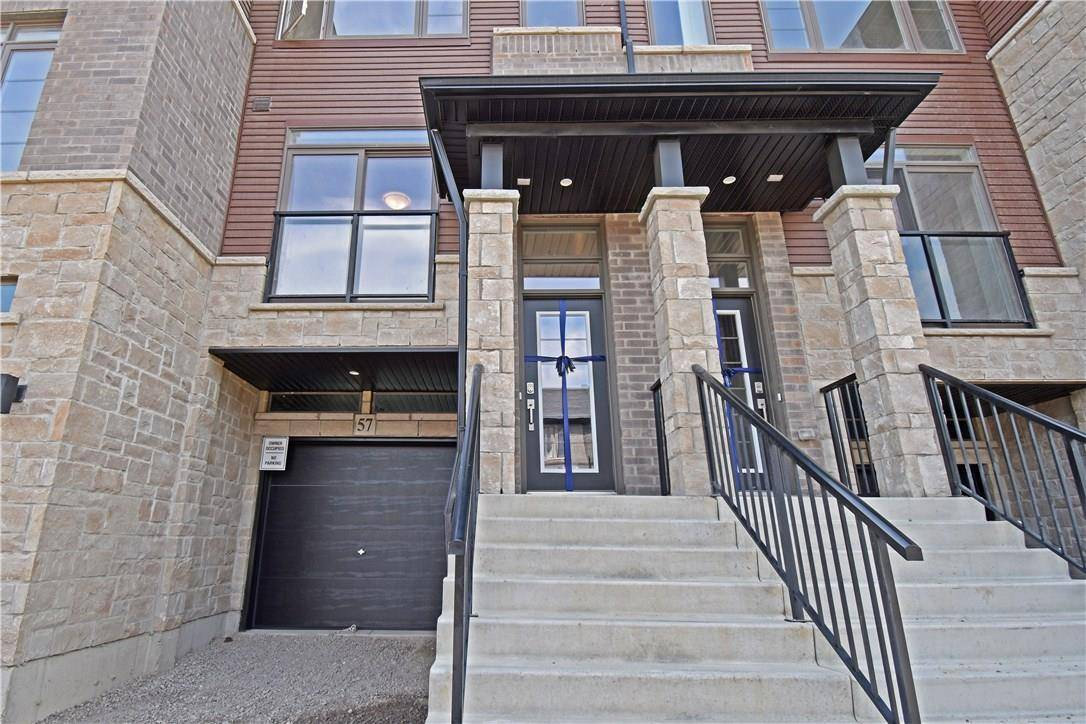 Townhouse for rent at 30 Times Square Blvd Unit 57 Stoney Creek Ontario - MLS: H4060443