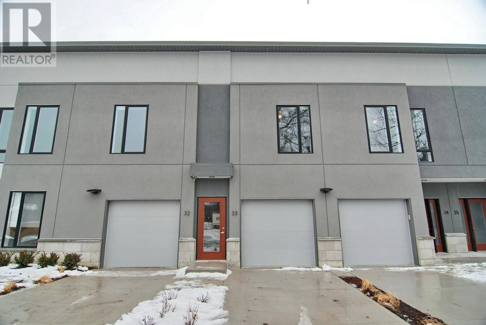 Buliding: 550 Sandison, Windsor, ON