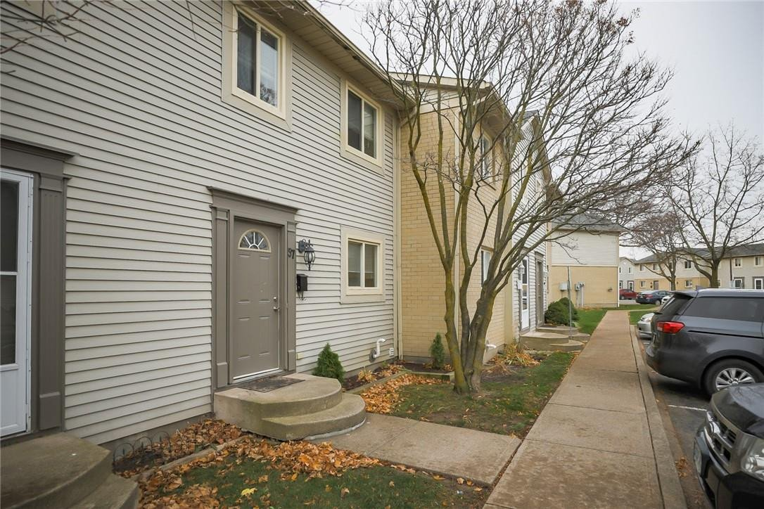 Townhouse for rent at 65 Dorchester Blvd Unit 57 St. Catharines Ontario - MLS: H4093330